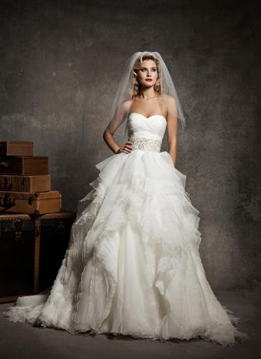 Justin alexander 8640 bijou bridal bridal shops in nj for Alexander s mural paramus