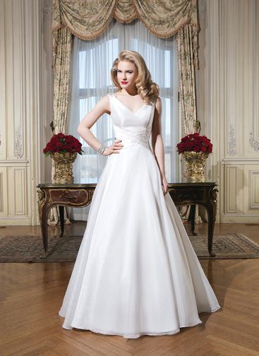 Justin alexander 8773 bijou bridal bridal shops in nj for Alexander s mural paramus