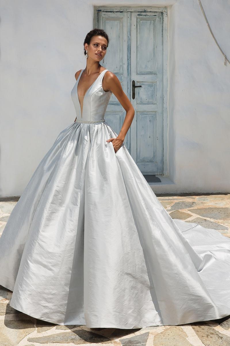 Justin alexander bijou bridal bridal shops in nj pa for Justin alexander wedding dresses